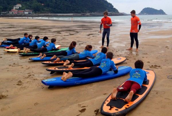 2014ko ingelesezko surf udalekuko taldea